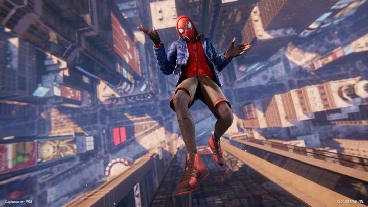 Los trajes de Spider Man Miles Morales se pueden desbloquear dentro del juego.