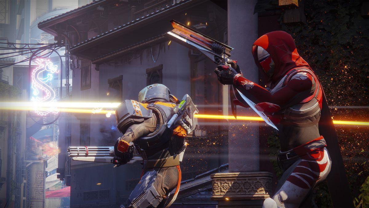 Destiny 2: un cazador y un titán luchando en el crisol